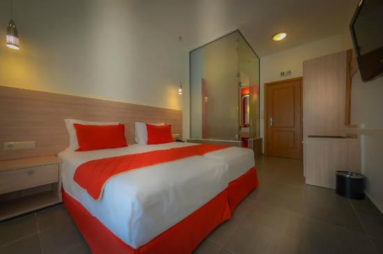 Golden Beach, Greece: Twin room