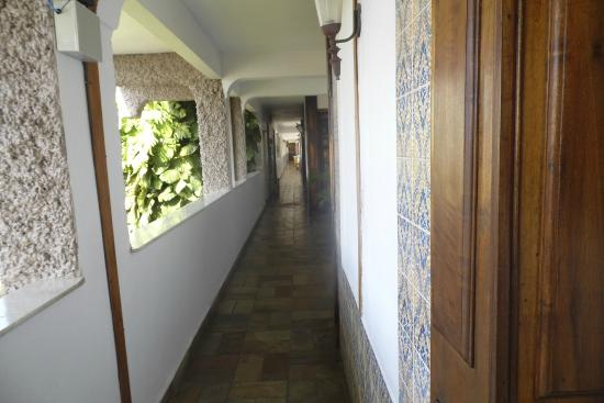 Ubatuba Palace Hotel: Corredor do quarto