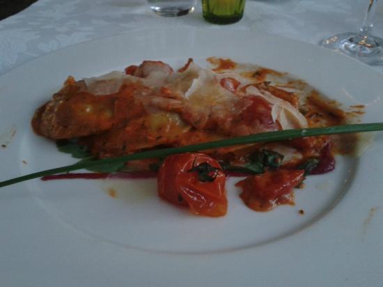 Restaurant Farnsburg: Panciotti di melanzane e scamorza in salsa aurora, rughetta e parmigiano