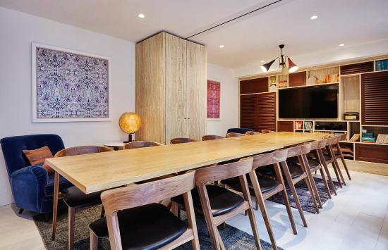 The Hoxton, Amsterdam: Library & Study room