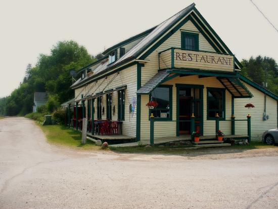 Spencer's Island Beach Cafe