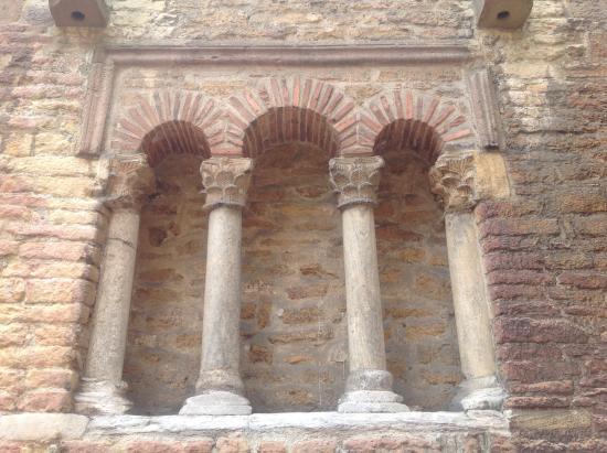 Iglesia de San Tirso El Real: Ventana