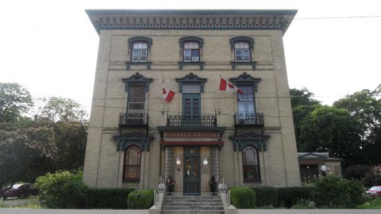Hotel Carlyle & Restaurant: The lovely Carlyle Inn