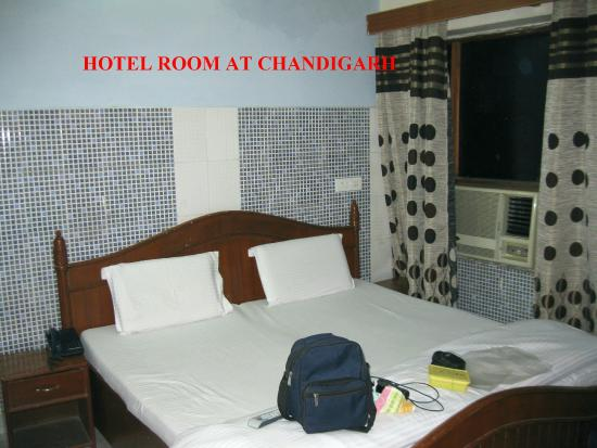 City Plaza Group Of Hotels: ROOM