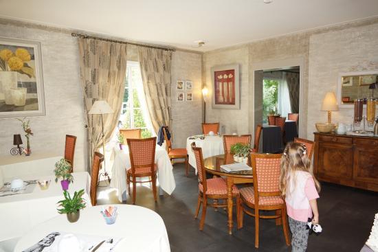 Hotel L' Echassier : Dining room - breakfast