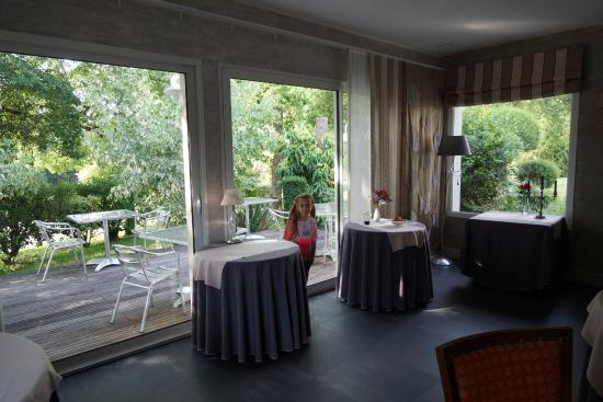 Hotel L' Echassier : View from the dining room