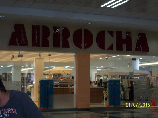 mall paseo central, chitte: Arrocha entrance. One of main stores left in mall
