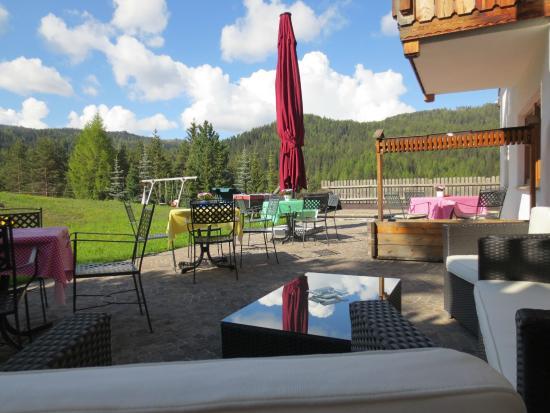 Garni Ai Pini: Terrasse