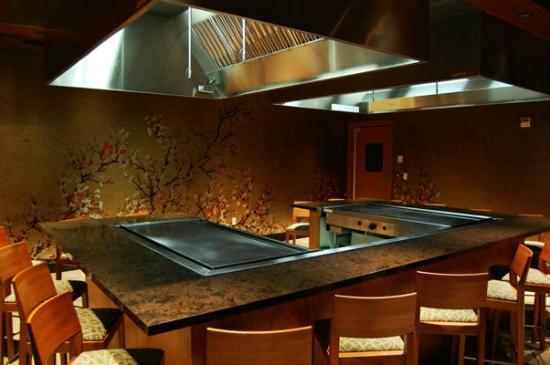 tado teppanyaki grill picture of tado steakhouse welch tripadvisor. Black Bedroom Furniture Sets. Home Design Ideas