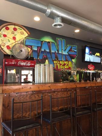 Tank's Pizza