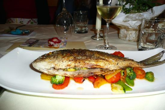Goldenes Schiff Restaurant: Great cooking and presentation