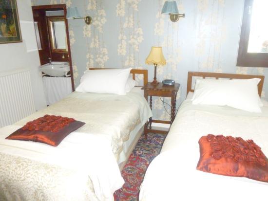 Thatch Close Farm B&B: Bedroom