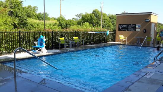 Hampton Inn & Suites Ada: Swimming Pool