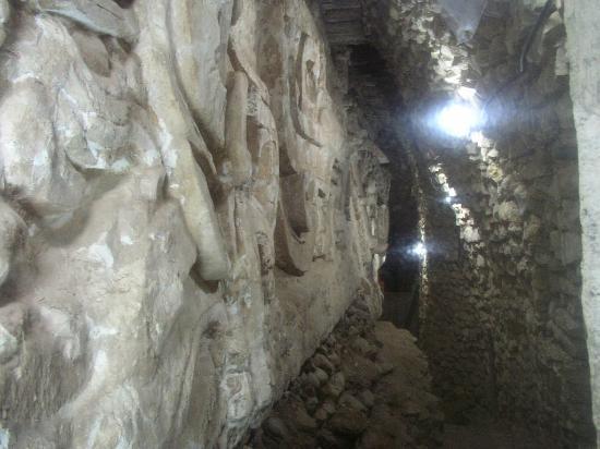 Les Ruines de Copan : Dentro de la pirámide 6