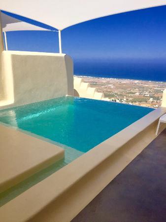 Skyfall Suites Honeymoon Suite Private Pool
