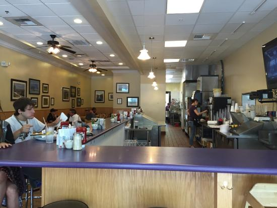 Doug's Day Diner: photo1.jpg