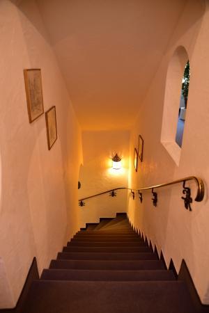 Hotel-Gasthof zur Mühle: Лесенка на мансардный этаж