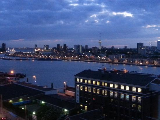 Art Hotel Rotterdam : the view from our room