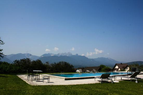 Sankt Egyden, Austria: pool at the hotel
