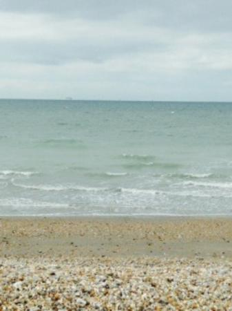Earnley, UK: Beach