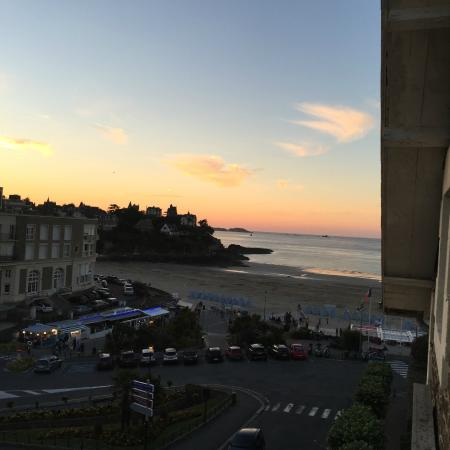 Hotel de la Plage : Leaning out of the bedroom but, shows how close and gorgeous the beach is!