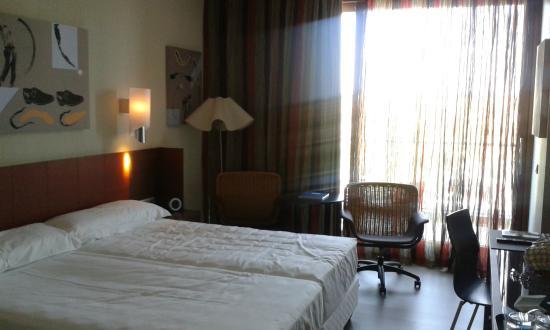 Sercotel Encin Golf Hotel: vista