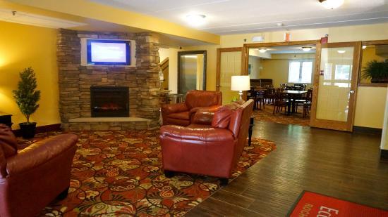 Econo Lodge - Mayo Clinic Area: Lobby Area
