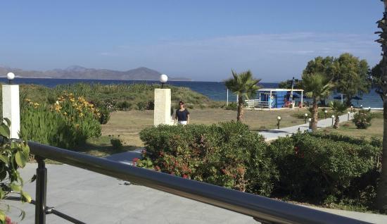 Costa Angela: Blick von der Terrasse der Snackbar/Frühstück