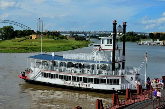 Memphis Riverboat Sightseeing Tours