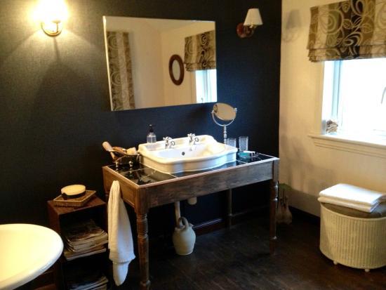 Bridge View B&B and Cottages: Salle de bain