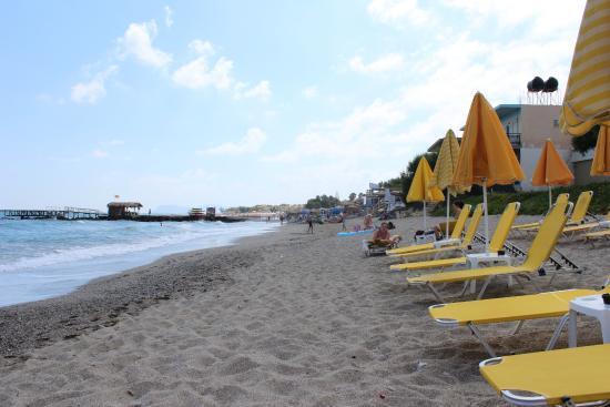 Canea Mare Hotel: Strand