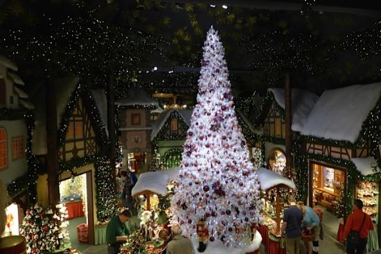 Kathe Wohlfahrt's Christmas Shop
