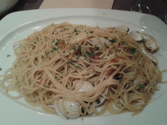 Pasta alla vongole - Picture of Casa filippo westende, Westende ...