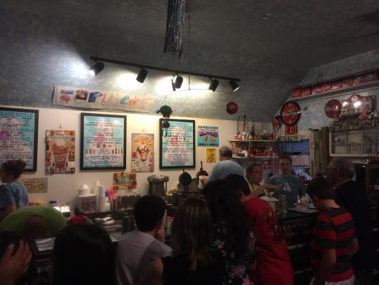 Polar Cave Ice Cream Parlour: photo3.jpg