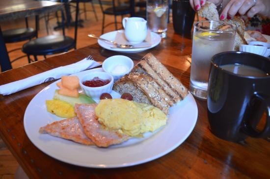 Timeless Cafe & Bakery: Timeless Breakfast