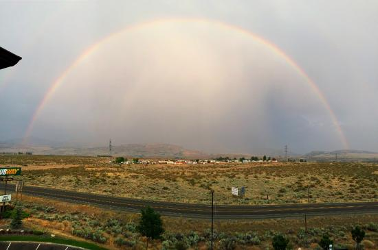 BEST WESTERN PLUS Peppertree Inn at Omak: Rainbow view from our room