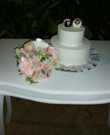 Dreams Palm Beach Punta Cana Wedding Cake