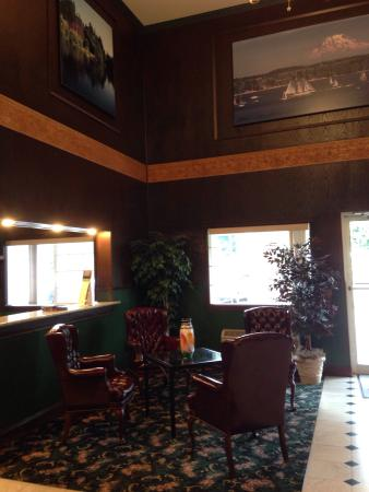GuestHouse Inn & Suites Tumwater: photo4.jpg