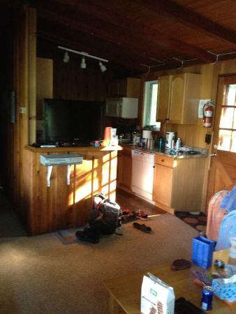 Sunny Point Resort, Cottages & Inn: Kitchen