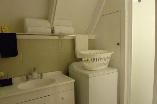 أروتاون فايكنج لودج: bathroom