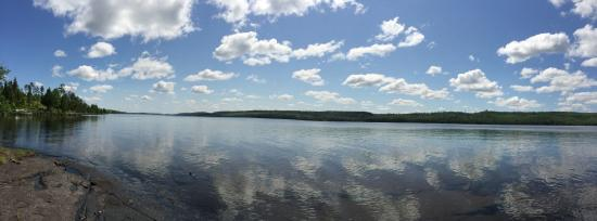 Cross River Lodge : the view of Gunflint Lake