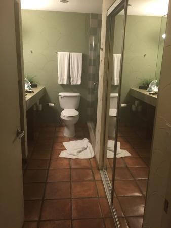 El Paseo Hotel: photo1.jpg