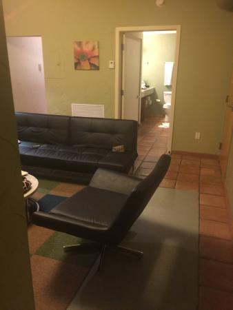 El Paseo Hotel: photo2.jpg