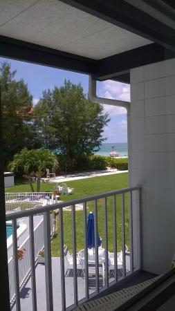 Blue Water Beach Club : Rn 212 View
