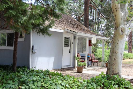 Grass Valley, CA: One of the cottages