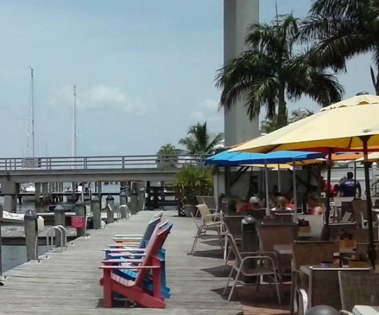 The Westin Cape Coral Resort At Marina Village: Nervous Nellies outside
