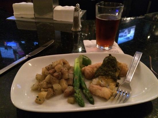 Sheraton Reston Hotel: Cod fish special at Syrah