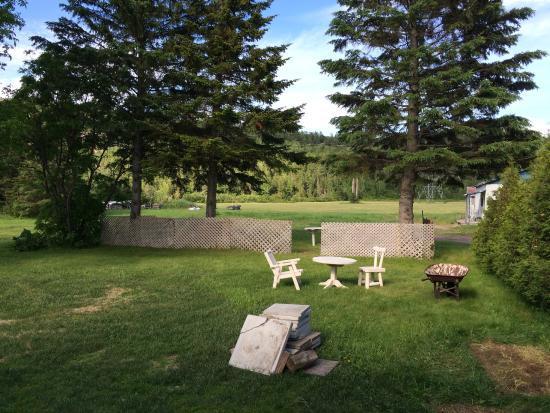 D coration de la table du petit dejeuner par jacques notre for Auberge du jardin petit saguenay