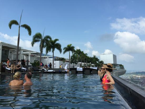 Infinity pool picture of marina bay sands skypark singapore tripadvisor - Singapore marina bay sands infinity pool ...