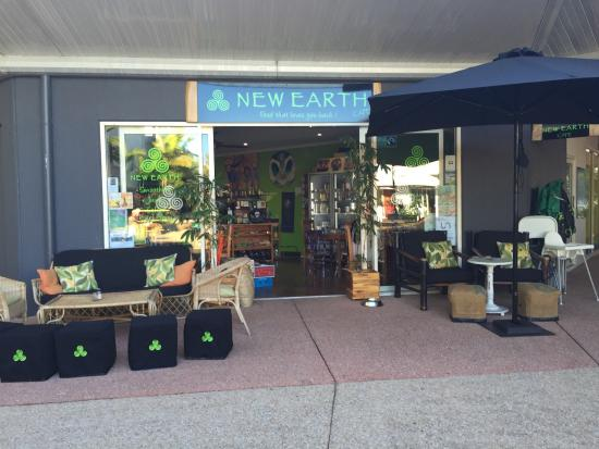 Coolum Beach, Australia: Lovely inviting store front